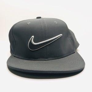 Nike Golf Gray Swoosh Snapback Hat A180832